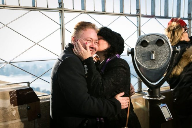 An Empire State Building proposal, by NYC wedding photographer, Kelly Williams