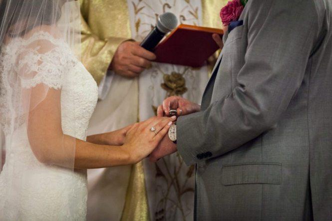 Wedding ceremony at St. Anthony of Padua Church by Hoboken wedding photographer, Kelly Williams