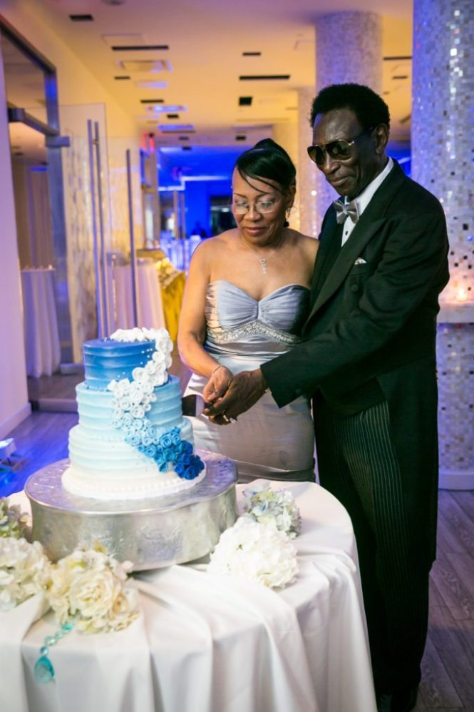 Cake cutting at an Allegria Hotel party by NYC event photojournalist, Kelly Williams
