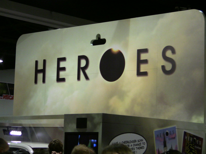"Sign with the word ""HEROES"" at Comic-Con 2009"