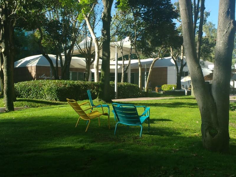 Empty lounge chairs on the Tecnológico de Monterrey in Guadalajara campus.