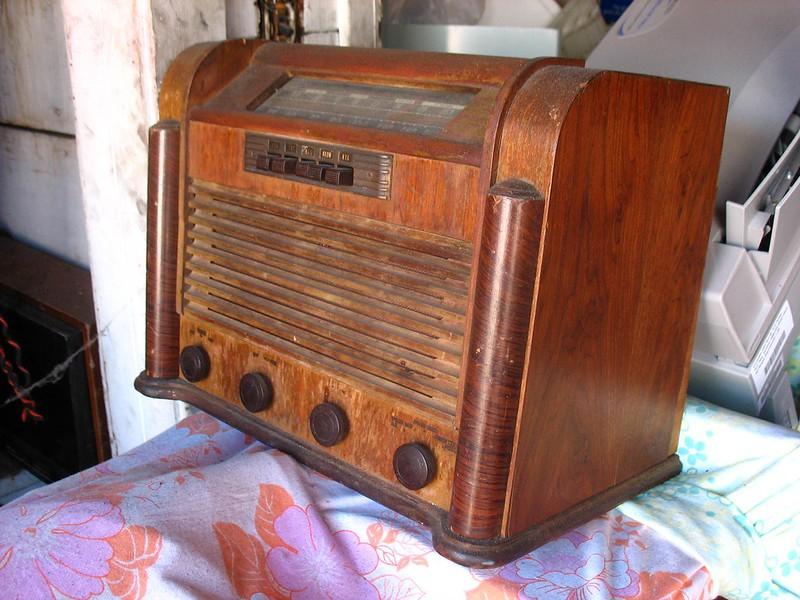 Vintage wood cabinet radio.