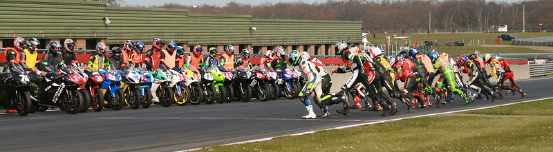 Le Mans style start at the Hottrax 2hr endurance event, Sunday afternoon.