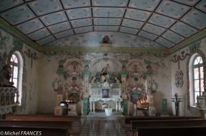 La chapelle Sainte-Thérèse décorée par des élèves d'une école primaire du coin