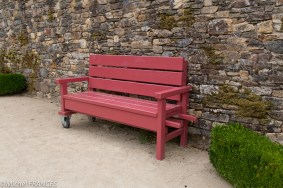 Un banc à roulettes - Abbaye de Daoulas