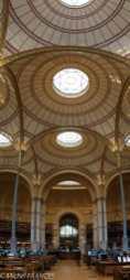 La salle Labrouste de la BNF Richelieu - le parti architectural avec les dômes est assez difficile à rendre sans recourir à cet artifice
