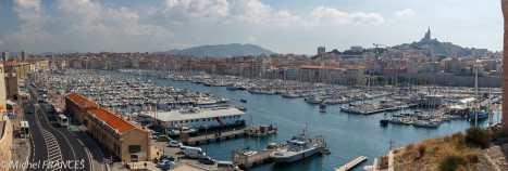 Marseille - Le Vieux-Port vu depuis le Fort St Jean