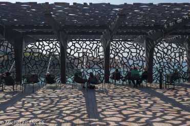 MUCEM - Fort St Jean - Sur le toit du musée, un espace de restauration très sympathique