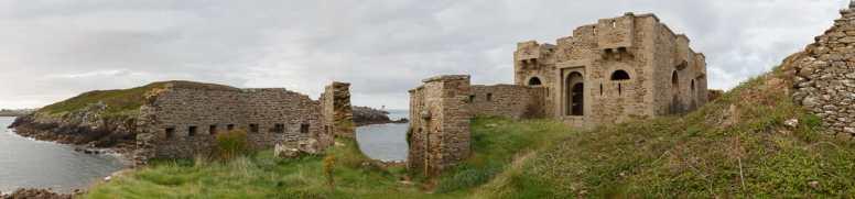 Le fort de l'Îlette sur la presqu'île de Kermorvan