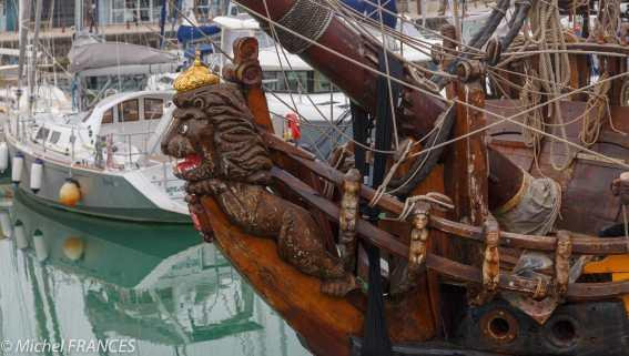 La Rochelle. Le voilier russe Shtandart nous accueille sur le port