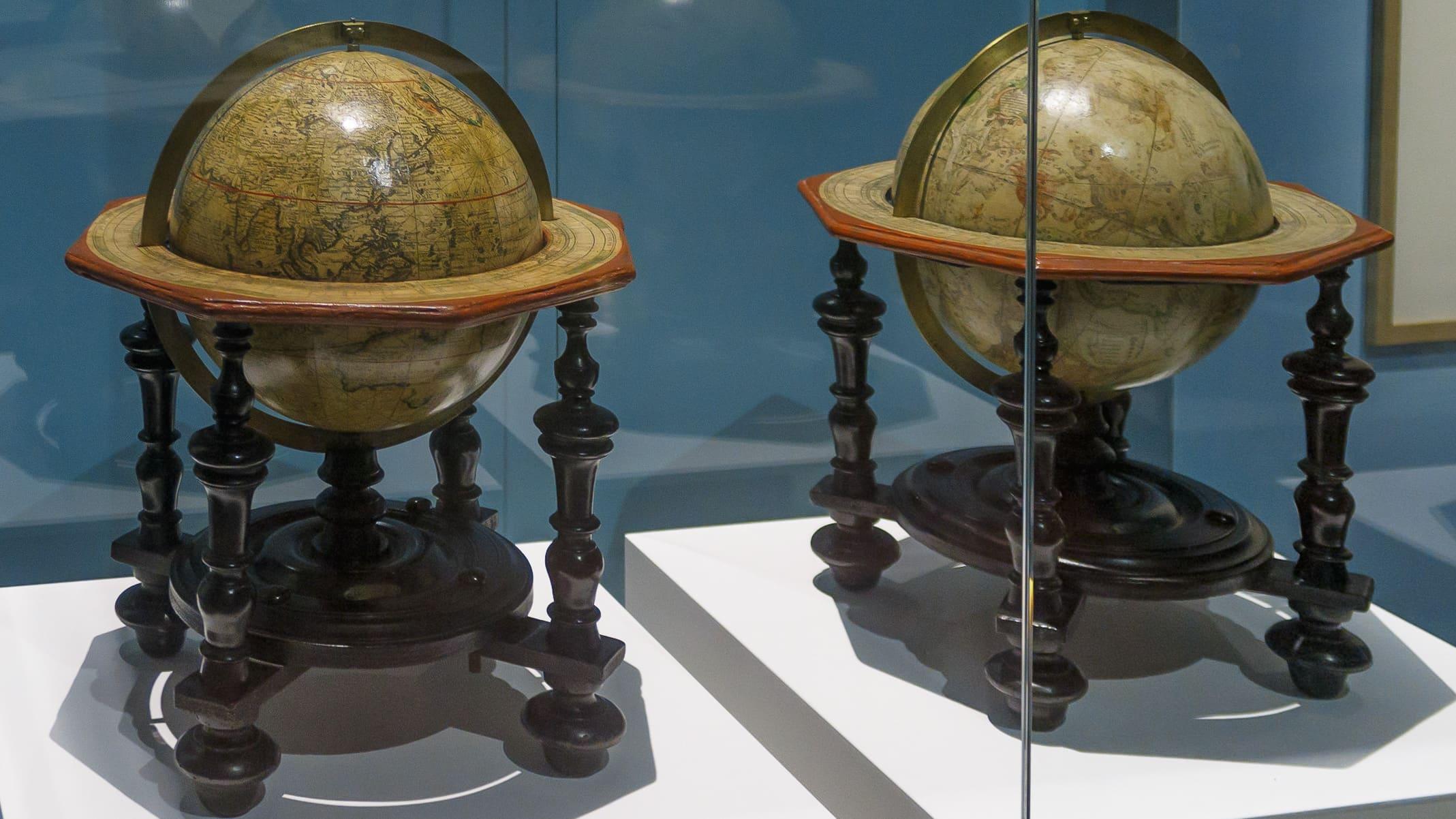 BnF – expo Le Monde en sphères – Globes de Nicolas Bion – 1700