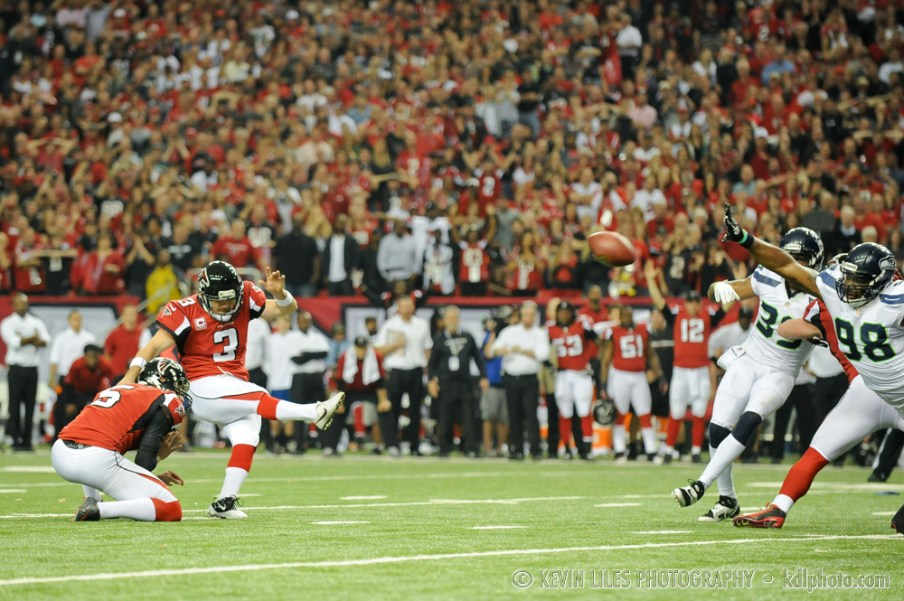 Falcons kicker Matt Bryant kicks the game-winning field goal late in the fourth quarter.