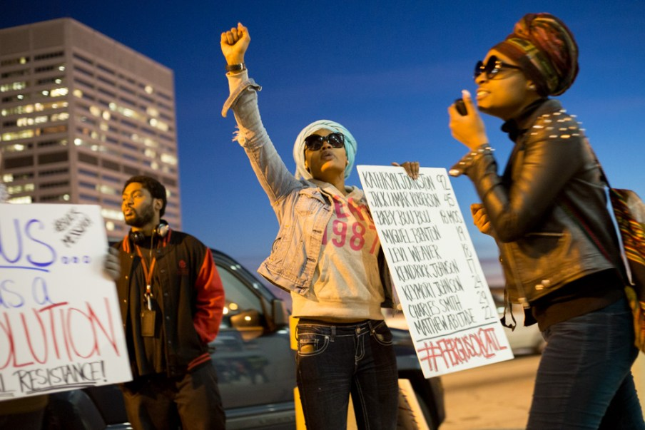 150116_nyt_atl_protesters_220
