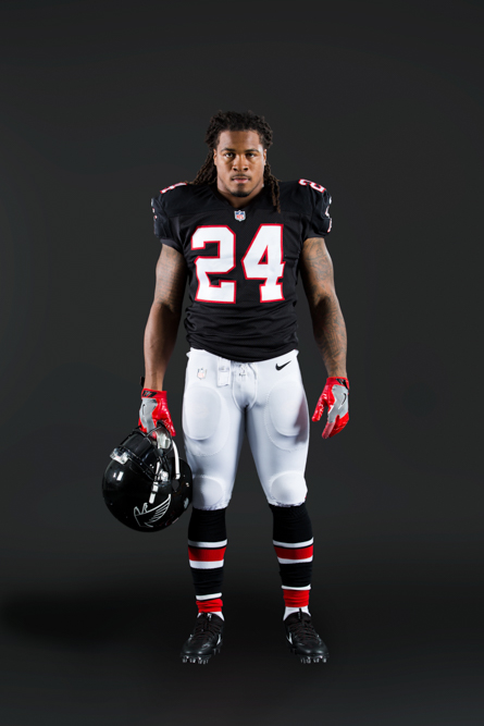 161005_falcons_black_uniforms_00891