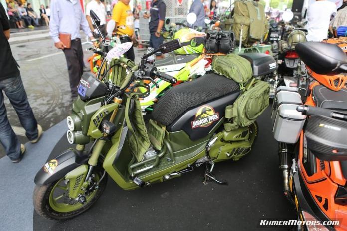 Zoomer-X designs in Honda's Mocye Idea Challenge (107)