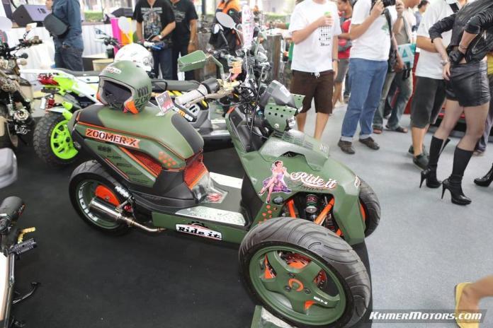 Zoomer-X designs in Honda's Mocye Idea Challenge (88)
