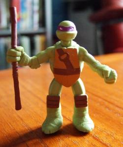 TMNT Blind Bag Figure - Donatello Front