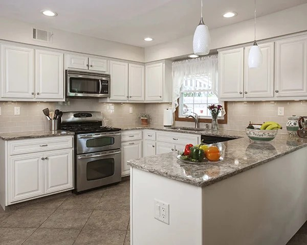 kitchen cabinets white cheap carts sale what countertop color looks best with quartz