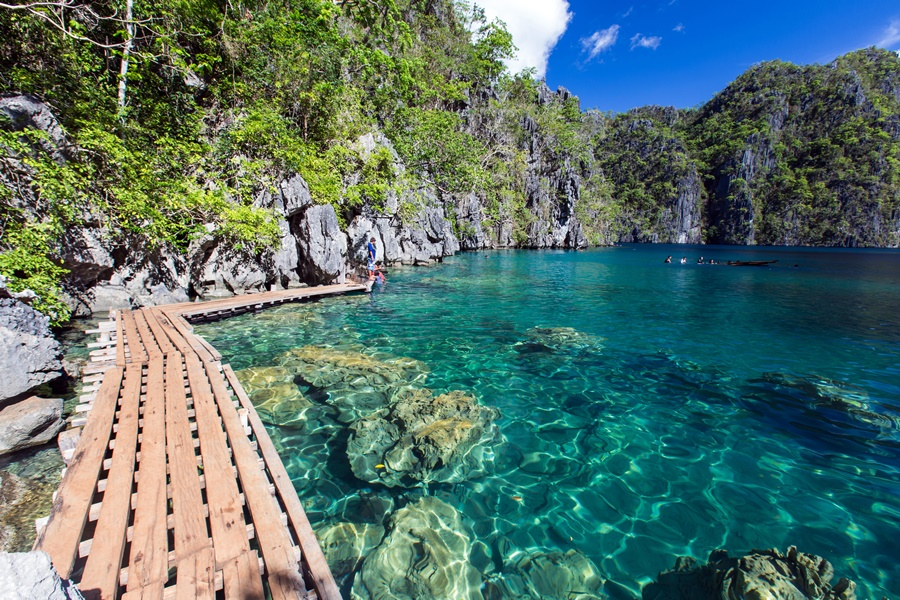 Philippines Coron Kayangan Lake 鏡湖 Ashutterstock 491770087