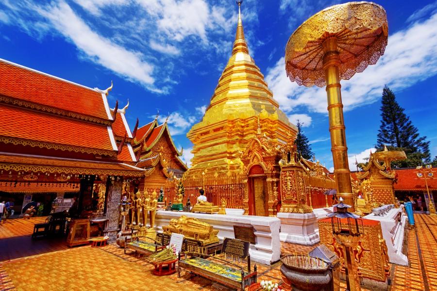 batch Thailand Chiang Mai Wat Phra That Doi Suthep Ashutterstock 138711482