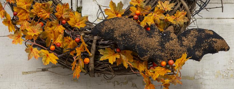 halloween wreath with bat