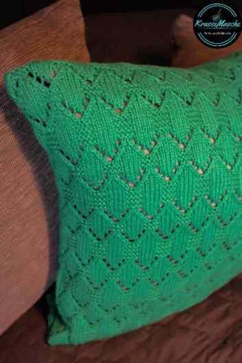 Kissenhülle stricken grün anleitung wolle oz verlag kissen