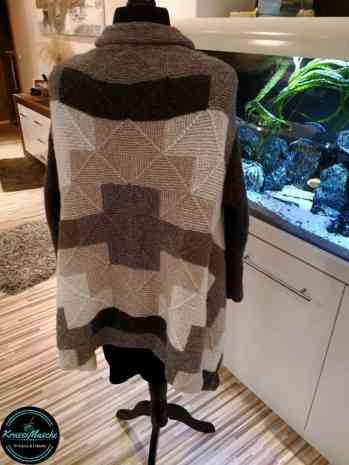 Strickjacke Cardigan handmade pieceful Mix&Knit stricken wolle