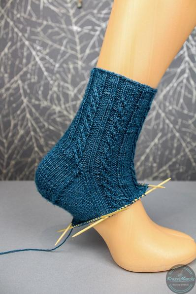 Detailbild Twisted Lefts socken muster getragen