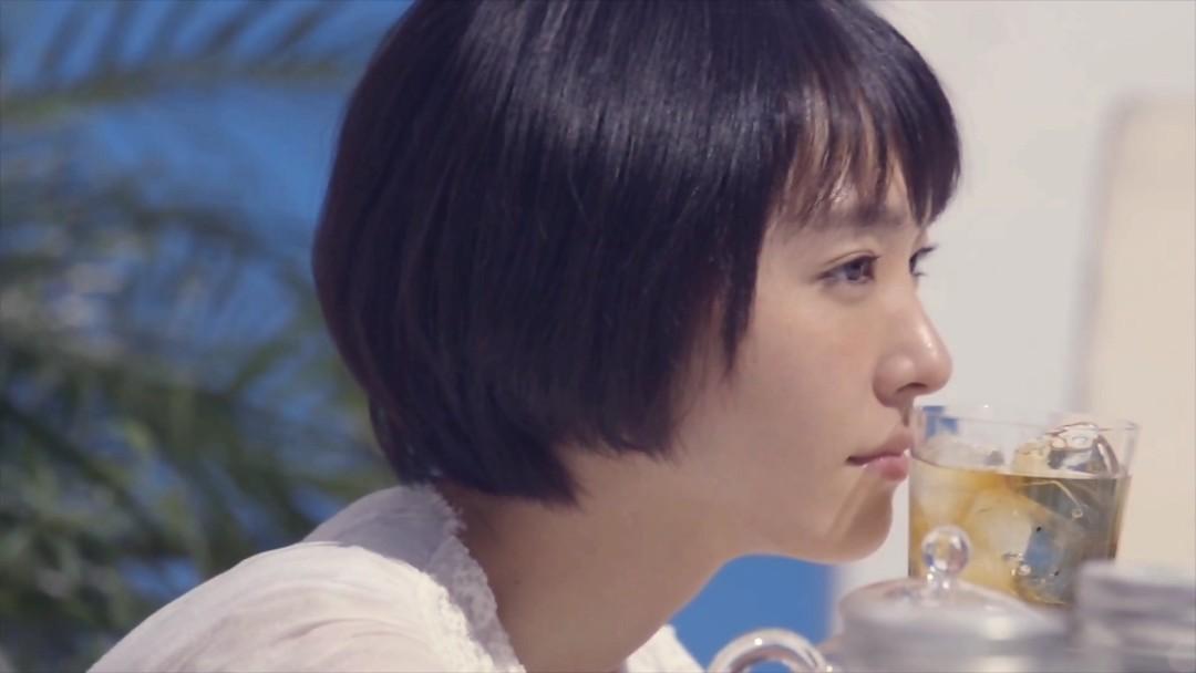 新垣結衣十六茶「海辺でブレンド」編4