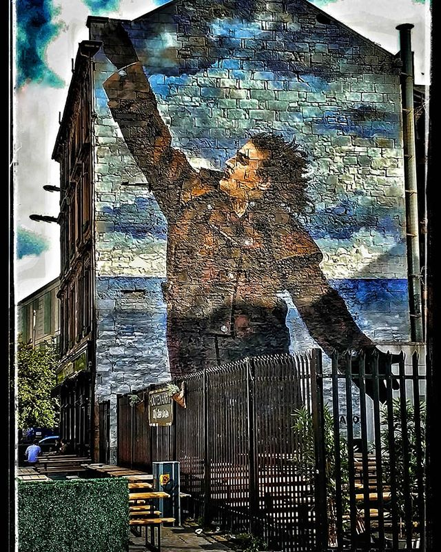 Billy Connolly mural, Glasgow, Escocia