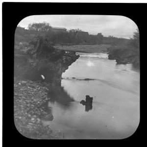 Photo courtesy of State Library of South Australia http://collections.slsa.sa.gov.au/resource/B+64124 River Torrens at Felixstow 1910