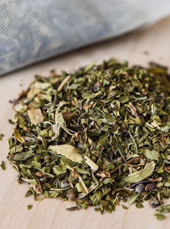peppermint-cardamom-tea-2