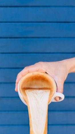 Latte-Pourout-3