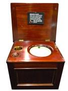 Toilette portative ayant appartenu à la princesse Sissi d'Autriche