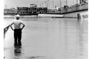 Flooding Decarie Expressway | 14 juillet 1987