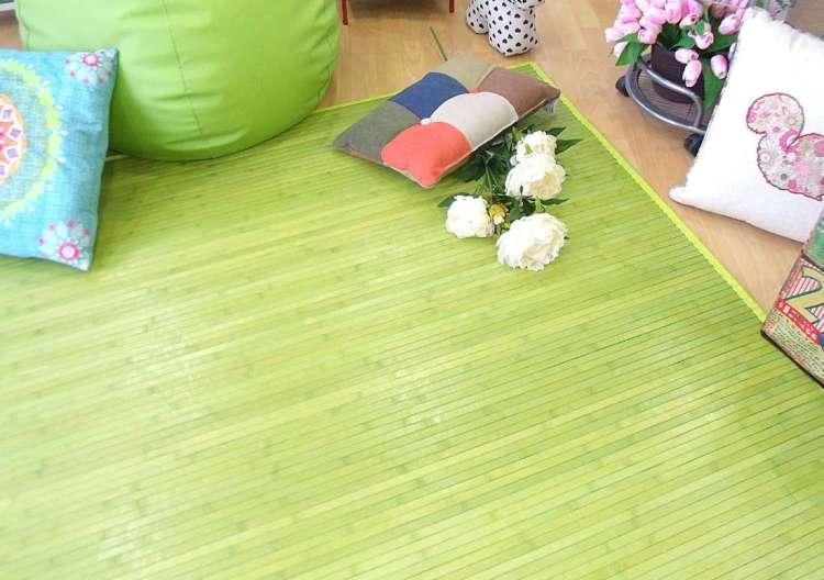 Alfombra de bambú verde
