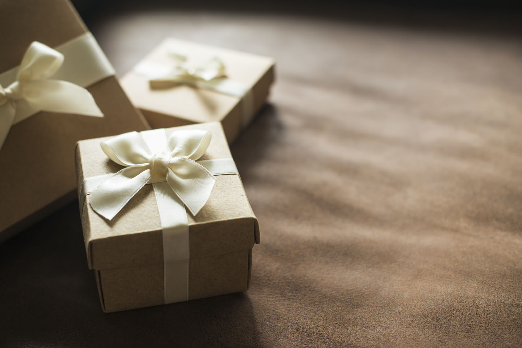 Gifting Property To Family Member >> What You Should Know About Gifting Real Estate Lawdepot Blog
