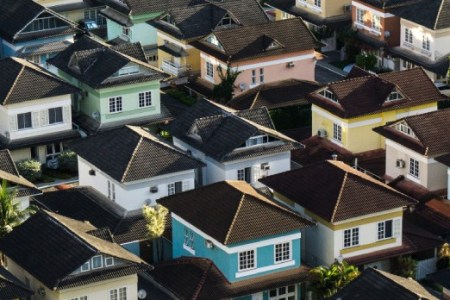 The Pros and Cons of Buying or Building a New House