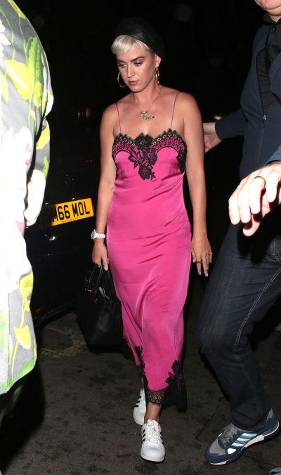Tendances lingerie : une nuisette comme robe pour Katyy Perry ! | Photo ©Getty Images
