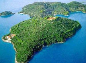 Scorpios, Onassis island