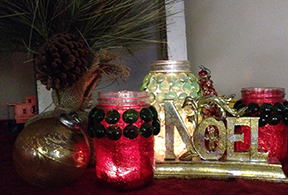 We really liked the varied look of the glitter lined jars.