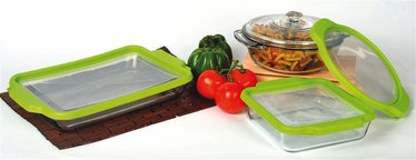 Glass Containers and Bakeware with Storage Lids