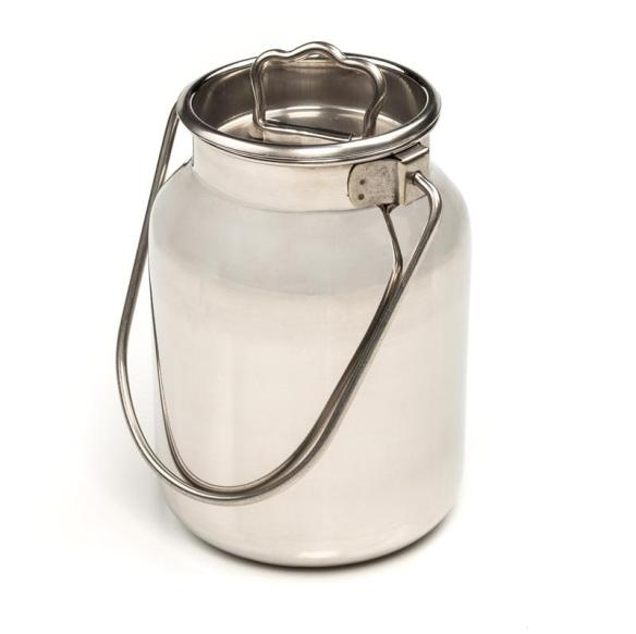 Our 5-liter stainless milk can is easy to clean/sterilize, and perfect for goats or small dairies.