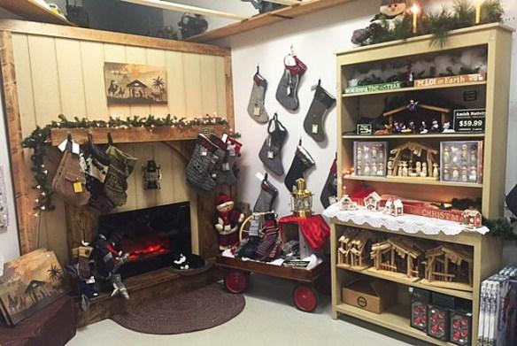 christmas-display-at-store