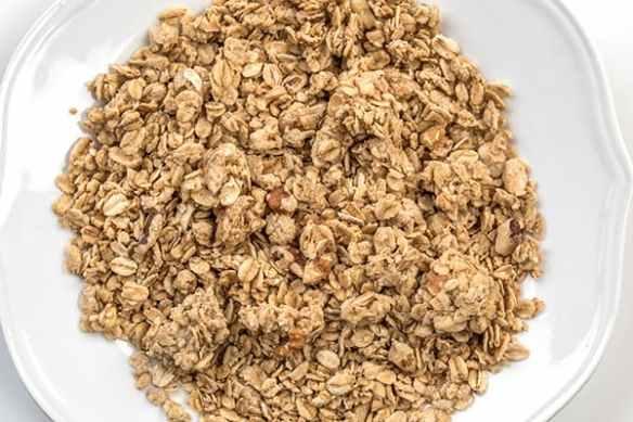 amish made wholesome granola