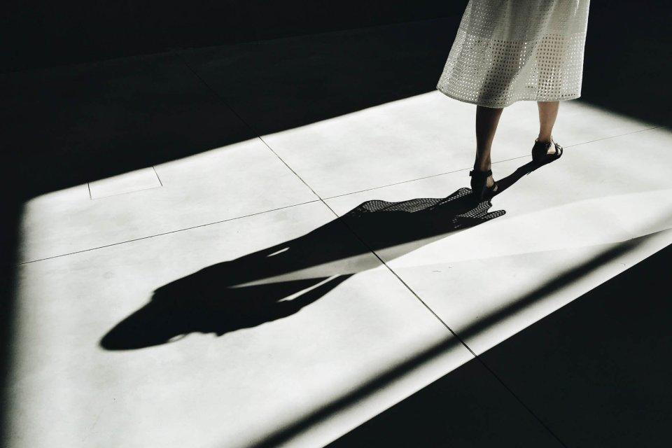 twórcze wykorzystanie cieni w fotografii