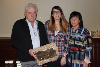 Marché des Trésoms - Hugou distributeur truffes