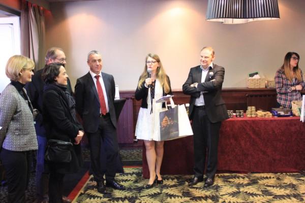 Véronique et Pascal Droux accompagné du maire d'Annecy