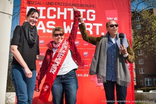 """ver.di """"Auf Werten jetzt Aktion"""" in Düsseldorf. Foto © Dietrich Hackenberg, www.lichtbild.org"""