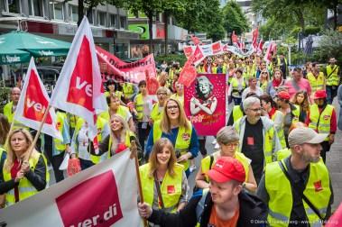 Zentrale Streikveranstaltung Einzelhandel NRW auf dem Kennedyplatz Essen